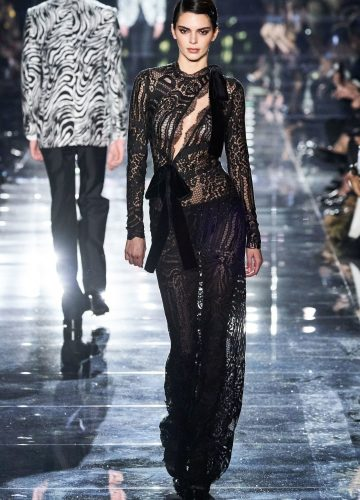 Tom-ford-fashion-show-Kendall-jenner