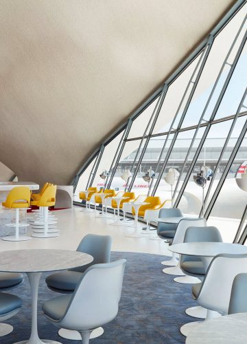 TWA-Hotel-New-York-JFK-Airport-TWA-Flight-Center-Paris-Cafe-Lisbon-Lounge-02