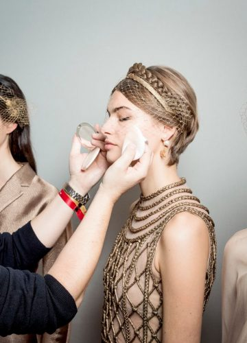 haute-couture-2020-dior-show-backstage-maquillage